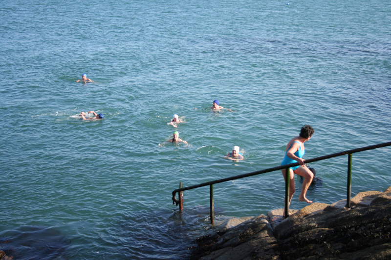forty-foot-swimmers.jpg